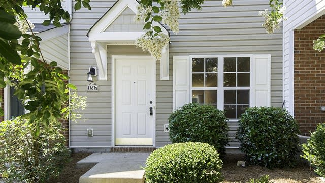 Photo 1 of 19 - 1517 Maypine Commons Way, Rock Hill, SC 29732