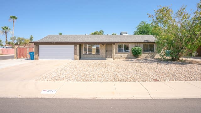 Photo 1 of 15 - 3318 W Willow Ave, Phoenix, AZ 85029