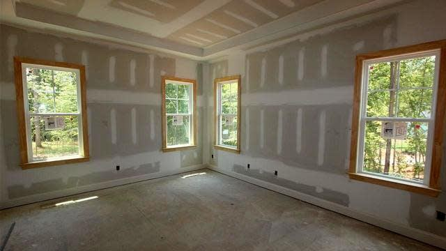 Photo 1 of 20 - 500 Blue Heron Dr, Youngsville, NC 27596