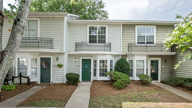 Photo 1 of 10 - 203 Heritage Pkwy, Fort Mill, SC 29715