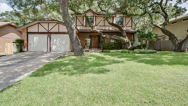 Photo 1 of 17 - 9015 Brickwood, San Antonio, TX 78250