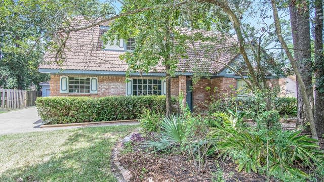 Photo 1 of 17 - 3619 Hill Springs Dr, Houston, TX 77345