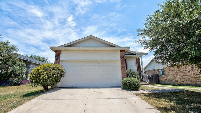 Photo 1 of 28 - 408 Tudor House Rd, Pflugerville, TX 78660