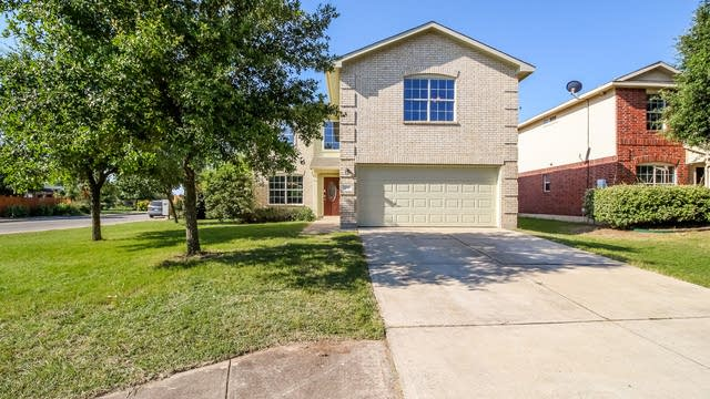 Photo 1 of 25 - 203 Meadow Park Dr, Georgetown, TX 78626