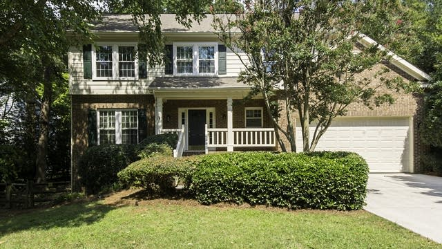 Photo 1 of 27 - 3021 Summerland Dr, Charlotte, NC 28105