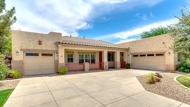 Photo 1 of 34 - 19603 E Mayberry Rd, Queen Creek, AZ 85142
