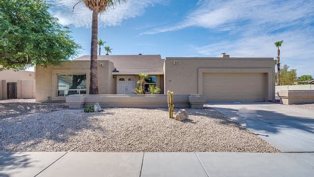 Photo 1 of 22 - 631 W Straford Dr, Chandler, AZ 85225