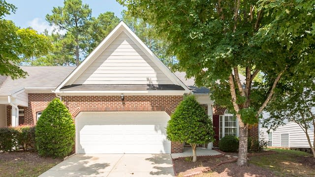 Photo 1 of 19 - 10487 Dapping Dr, Raleigh, NC 27614