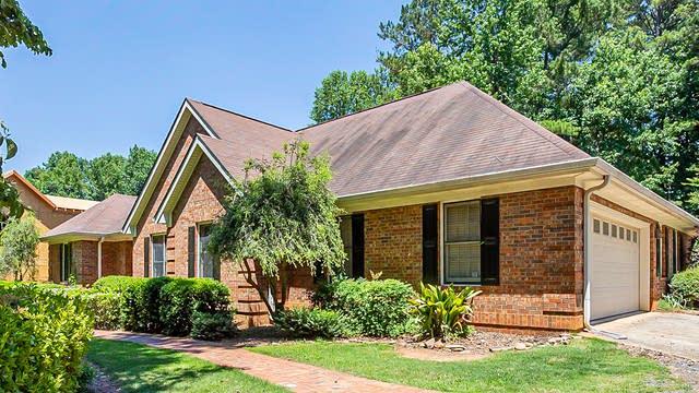 Photo 1 of 28 - 480 White Oak Dr, Newnan, GA 30265
