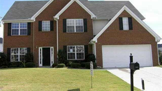 Photo 1 of 2 - 1994 Pierce Way, Buford, GA 30519
