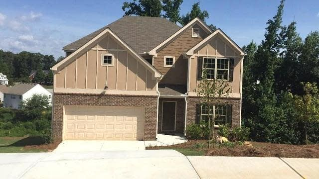 Photo 1 of 22 - 3853 Heritage Cres, Buford, GA 30519