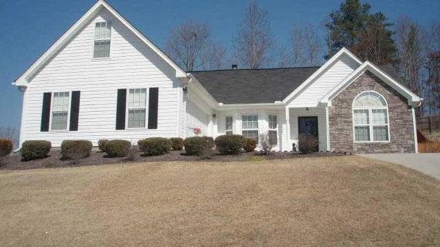 Photo 1 of 21 - 4098 Duncan Ives Dr, Buford, GA 30519