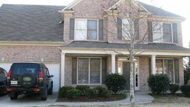 Photo 1 of 10 - 2750 Chandler Grove Dr, Buford, GA 30519