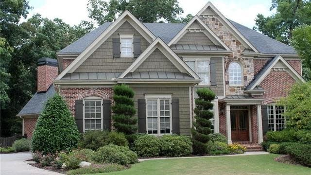 Photo 1 of 26 - 2708 Hidden Falls Dr, Buford, GA 30519