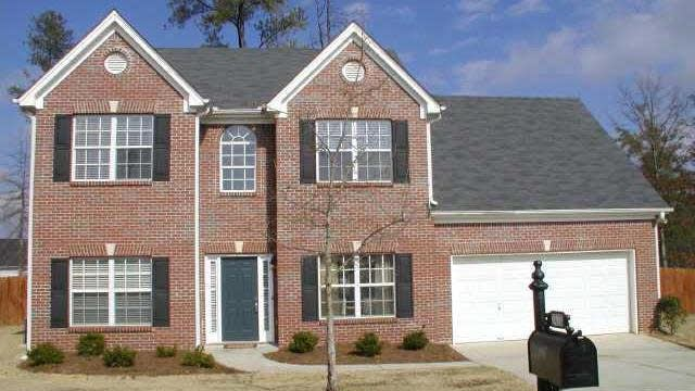 Photo 1 of 2 - 2418 Cascade Cove Dr, Buford, GA 30519