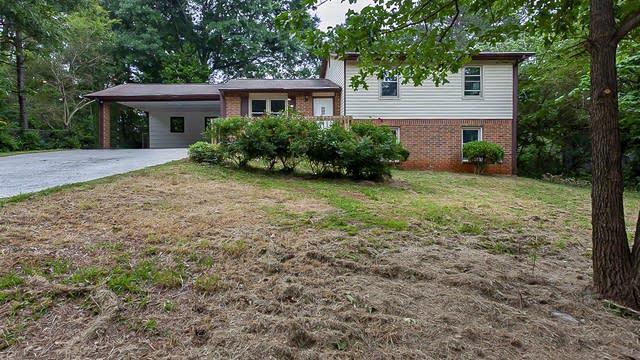 Photo 1 of 19 - 182 Bethesda Church Rd, Lawrenceville, GA 30044
