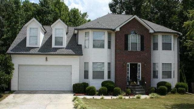 Photo 1 of 25 - 1800 Ivy Stone Ct, Buford, GA 30519