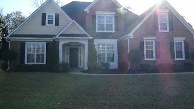 Photo 1 of 8 - 3743 Golden Ive Dr, Buford, GA 30519