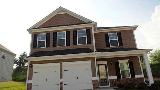 Photo 1 of 17 - 4657 Water Mill Dr, Buford, GA 30519