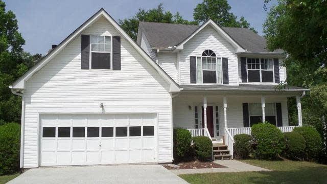 Photo 1 of 16 - 2530 Ivy Stone Trl, Buford, GA 30519