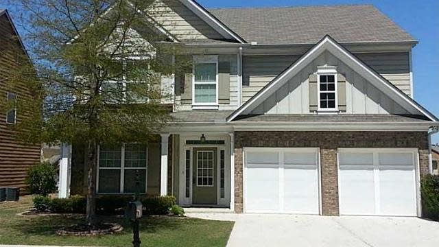 Photo 1 of 10 - 3437 Big Leaf Ct, Buford, GA 30519