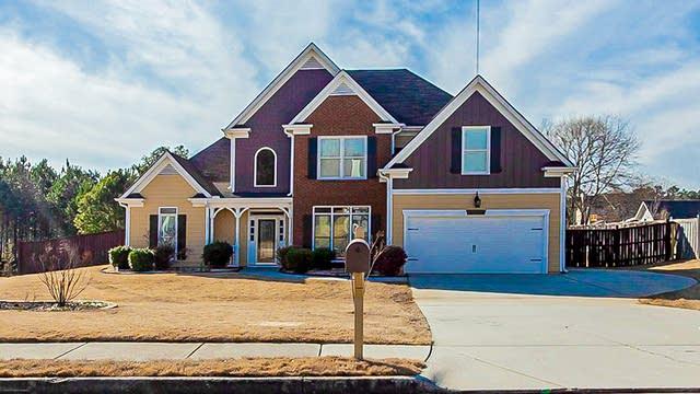 Photo 1 of 29 - 1225 Royal Ln, Loganville, GA 30052