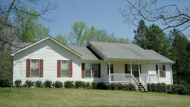 Photo 1 of 2 - 3351 Old Thompson Mill Rd, Buford, GA 30519