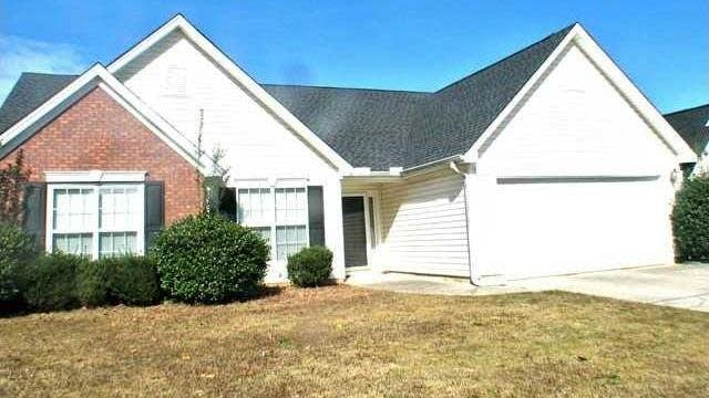 Photo 1 of 15 - 3286 Harmon Ridge Ct, Buford, GA 30519