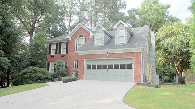 Photo 1 of 25 - 1820 Oak Wind Ln, Buford, GA 30519