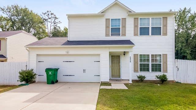 Photo 1 of 25 - 6828 Ridge Lane Rd, Charlotte, NC 28262