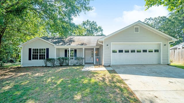 Photo 1 of 17 - 674 Pepperwood Trl, Stone Mountain, GA 30087