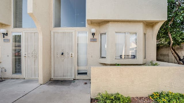 Photo 1 of 15 - 220 N 22nd Pl #1024, Mesa, AZ 85213