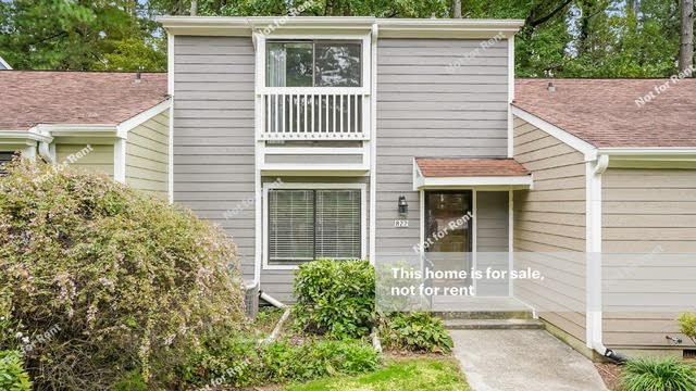 Photo 1 of 25 - 822 Green Ridge Dr, Raleigh, NC 27609