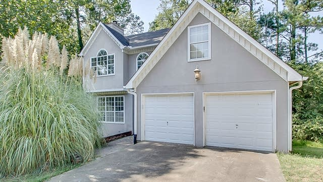 Photo 1 of 28 - 2097 Winsburg Way NW, Kennesaw, GA 30144