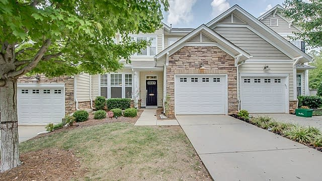 Photo 1 of 17 - 1194 Crown Vista Dr, Fort Mill, SC 29707