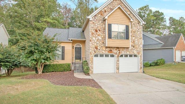 Photo 1 of 18 - 1420 Chapel Hill Ln SW, Marietta, GA 30008