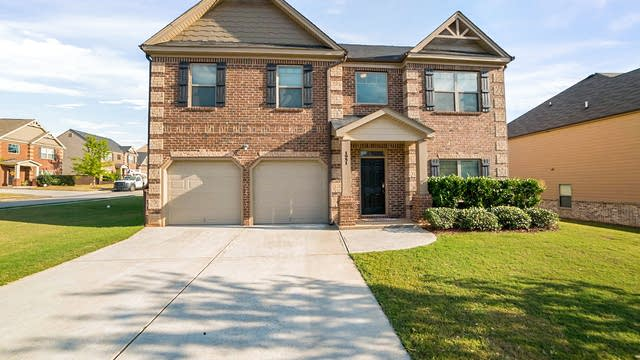 Photo 1 of 20 - 1951 Mulberry Park Dr, Dacula, GA 30019