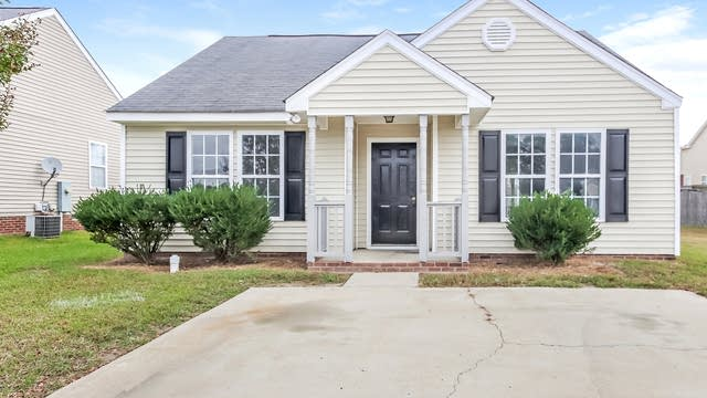 Photo 1 of 24 - 1205 Topping Ln, Knightdale, NC 27545