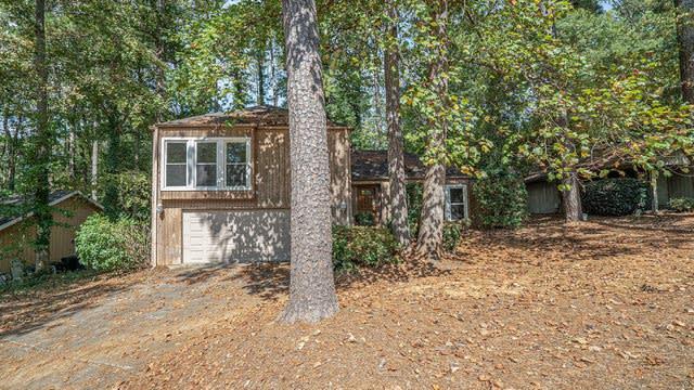 Photo 1 of 17 - 320 Soft Pine Trl, Roswell, GA 30076