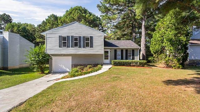 Photo 1 of 30 - 6925 Cainwood Dr, Atlanta, GA 30349