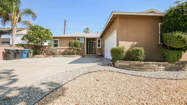 Photo 1 of 25 - 13726 Ibbetson Ave, Bellflower, CA 90706