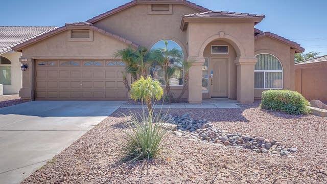 Photo 1 of 18 - 4301 E Cedarwood Ln, Phoenix, AZ 85048