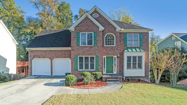 Photo 1 of 17 - 747 Pinder Point Ct, Lawrenceville, GA 30043