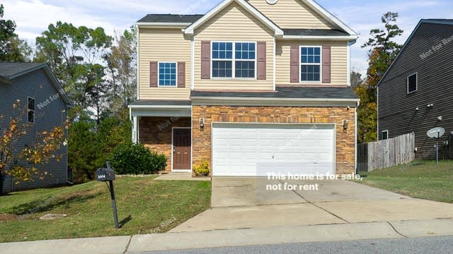 Photo 1 of 28 - 3004 Genlee Dr, Durham, NC 27704