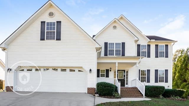 Photo 1 of 25 - 22 Kendall Dr, Clayton, NC 27520