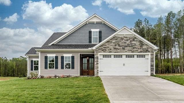 Photo 1 of 29 - 25 Spindale Ct, Youngsville, NC 27596