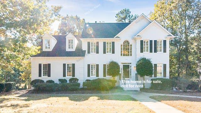 Photo 1 of 25 - 1424 Whittington Dr, Raleigh, NC 27614