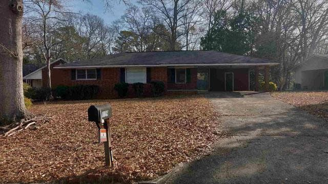 Photo 1 of 20 - 129 Arnold Pl, Jonesboro, GA 30236