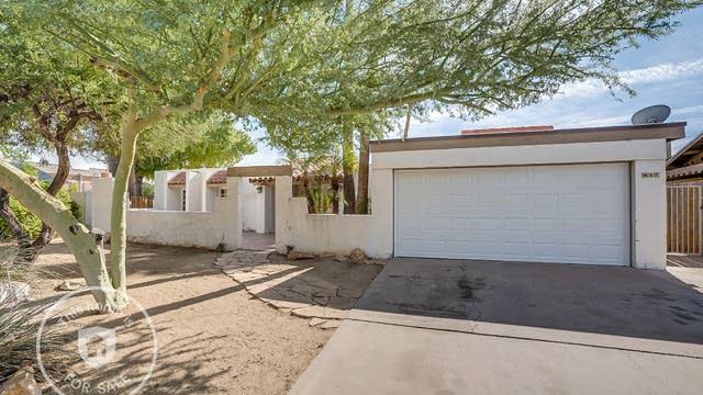 Photo 1 of 20 - 817 W Javelina Cir, Mesa, AZ 85210