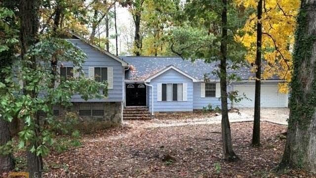 Photo 1 of 33 - 2710 Noahs Ark Rd, Jonesboro, GA 30236
